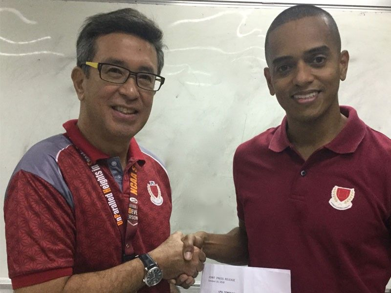 Lyceum re-signs Robinson to 5-year deal