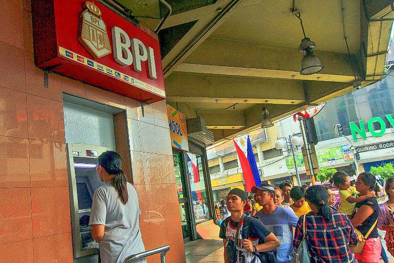 There is no evidence of hacking in the erroneous posting of transactions that took place at the Bank of Philippine Islands (BPI) two weeks ago, an official of the Bangko Sentral ng Pilipinas (BSP) said yesterday. Aldo Nelbert Banaynal/File