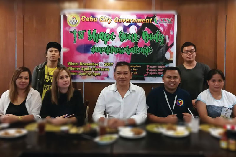 The organizers of the 1st Shape Your Body Dance Fitness Challenge led by Cebu City Councilor Jerry Guardo (seated, C) pose during a press conference yesterday at Sunburst-Mango. Gloreitta T. Lariosa