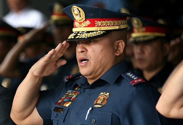 """""""I'll see you there after this (term) extension. If they would shoot it out with me, if they want to fight with me, then it would be bloody. But if they would not, then it would be peaceful. What is important is that they stop,"""" Dela Rosa, outgoing Philippine National Police chief, said yesterday. Michael Varcas/File"""