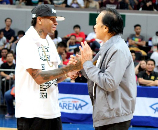 Iverson visit philippines pictures - turmoil from bleeding hands picture