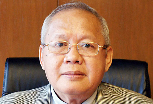 SSS president and chief executive officer Emmanuel Dooc over the weekend said the state fund is seeking the help of lawmakers for the implementation of the mandatory coverage of migrant workers, one of the proposed charter amendments it is pushing in the legislative stage. Philstar.com/File