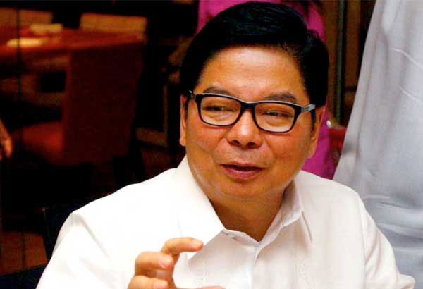 BSP Governor Amando Tetangco Jr. said banks continue to look for alternative investment outlets such as the retail treasury bonds (RTB) auctioned by the national government in search for higher yields. File photo