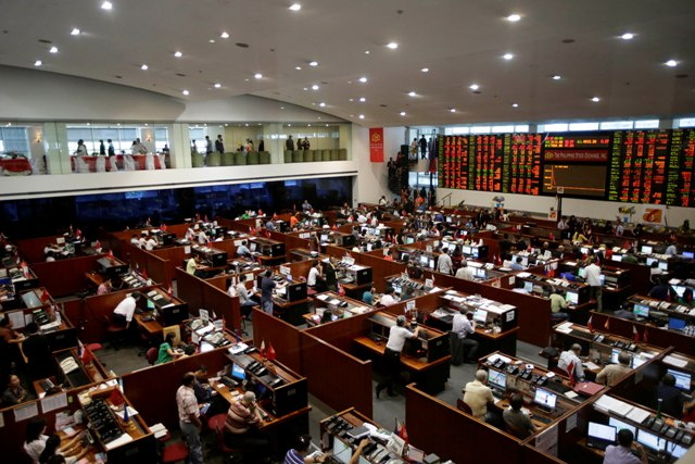 The PSEi ended at 7,971.72, up 9.08 points, or 0.11 percent, while the broader All Shares index lost 5.34 points, or 0.11 percent, to settle at 4,753.33. File