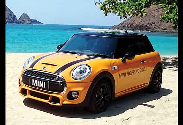 The Fabulously Quick Mini John Cooper Works At A Beautiful Secluded Beach In Lombok Indonesia Photos By Author