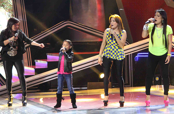 in photos lyca rocks with aegis in the voice kids finals