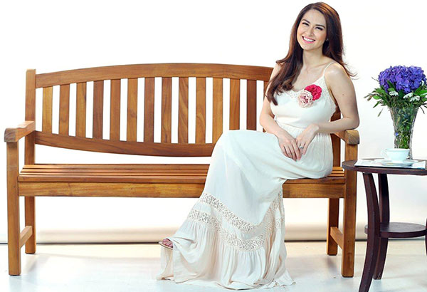 Marian Rivera says her first GMA 7 morning lifestyle show Yan Ang Morning! is the perfect venue to share her personal experiences with the viewers on being a new mom and homemaker.