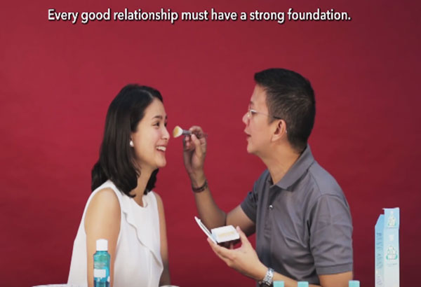 Chiz Escudero doing Heart Evangelista's makeup. Youtube Screenshot