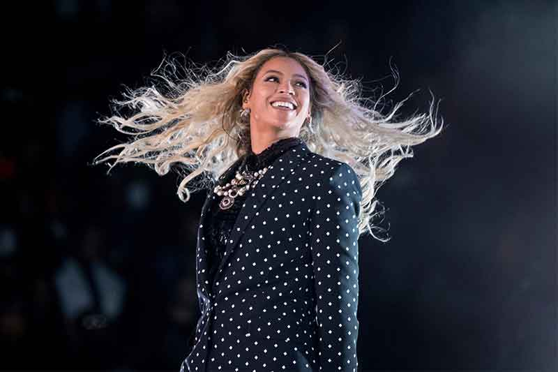 Beyonce, Streisand to headline Harvey relief telethon