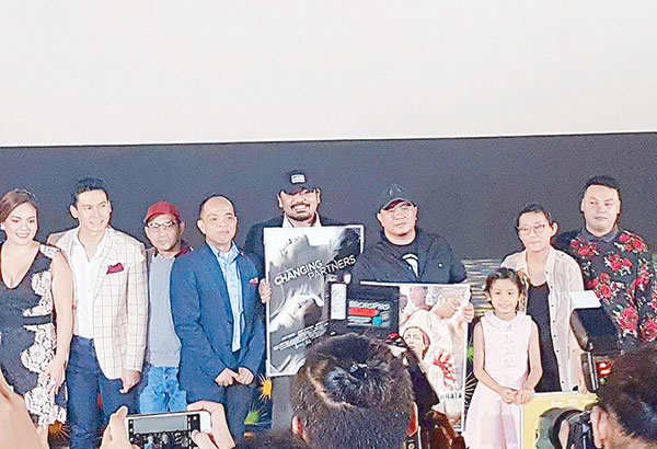 During the Cinema One Originals fest opening at the Trinoma, Ronald Arguelles (fourth from the left) with some of the directors and stars of the films in competition, namely, Sylvia Sanchez, Enchong Dee, Jojit Lorenzo, Dan Villegas, Richard Somes, Jana Agoncillo, Shireen Seno and Giancarlo Abrahan.