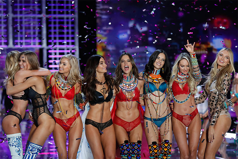 Models Romee Strijd, from right, Candice Swanepoel, Adriana Lima, Alessandra Ambrosio, Lily Aldridge, Elsa Hosk, wear creations with other models during the Victoria's Secret fashion show at the Mercedes-Benz Arena in Shanghai, China, Monday, Nov. 20, 2017. AP/Andy Wong