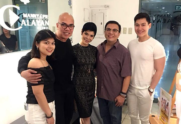 This writer with Drs. Manny andPieCalayan with their daughter BerniceCalayan, and Ral Javier (right).