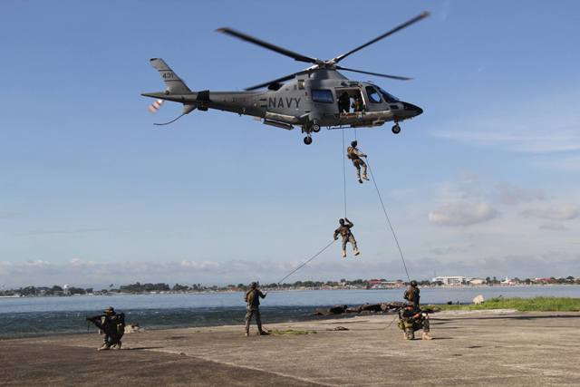Navy, Air Force hold joint drills in Western Mindanao