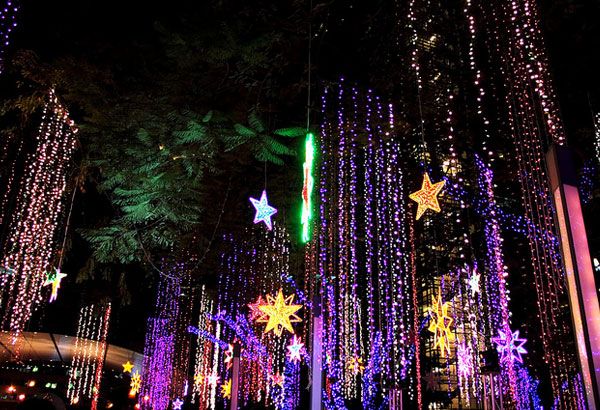 Christmas In The Philippines.Filipino Netizens Start Christmas Countdown As Ber Months