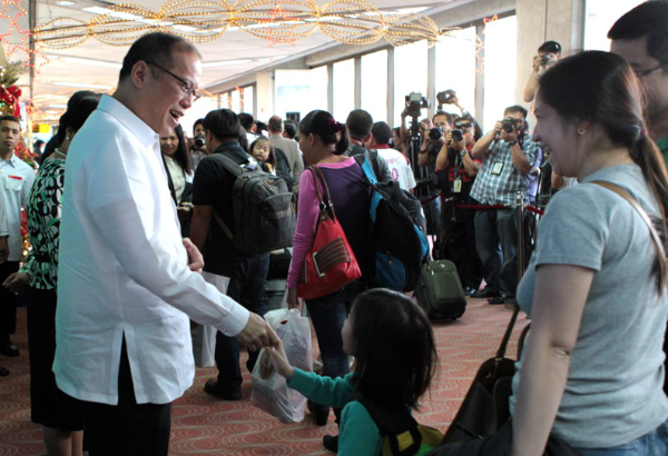 Palace not bothered by ofws 39 39 no remittance day for Bureau tagalog
