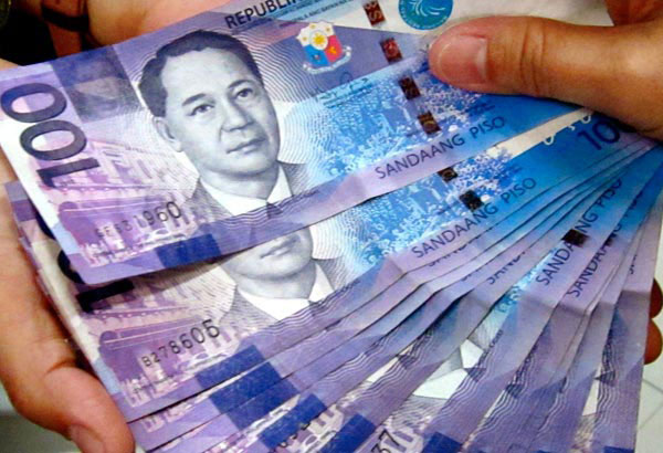 TheKilusang Mayo Uno is seeking a P750 daily minimum wage in the private sector and a monthly minimum pay for government workers amid rising inflation. File