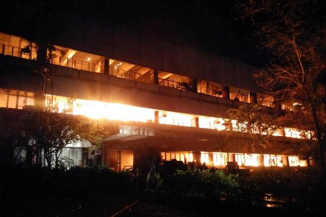 Fire alarm at the University of the Philippines Diliman Faculty Center reachedask Force Alpha, a level higher than the fifth alarm, according to the Quezon City Fire Department.Philippine Collegian