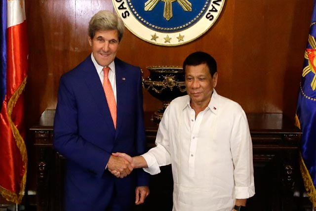 john-kerry-rodrigo-duterte-meeting.jpg