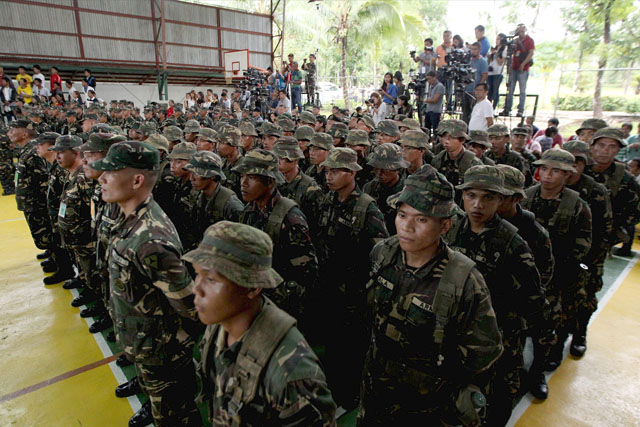 The military has not monitored any destabilization moves, an official of the Armed Forces of the Philippines (AFP) said yesterday. Presidential Photographers Division/Ace Morandante