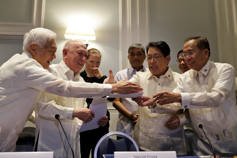 democracy in the philippines Philippines with particular focus on the on the issue of democratic  hallmark of  political development/democracy started as early as 1907 when under the.