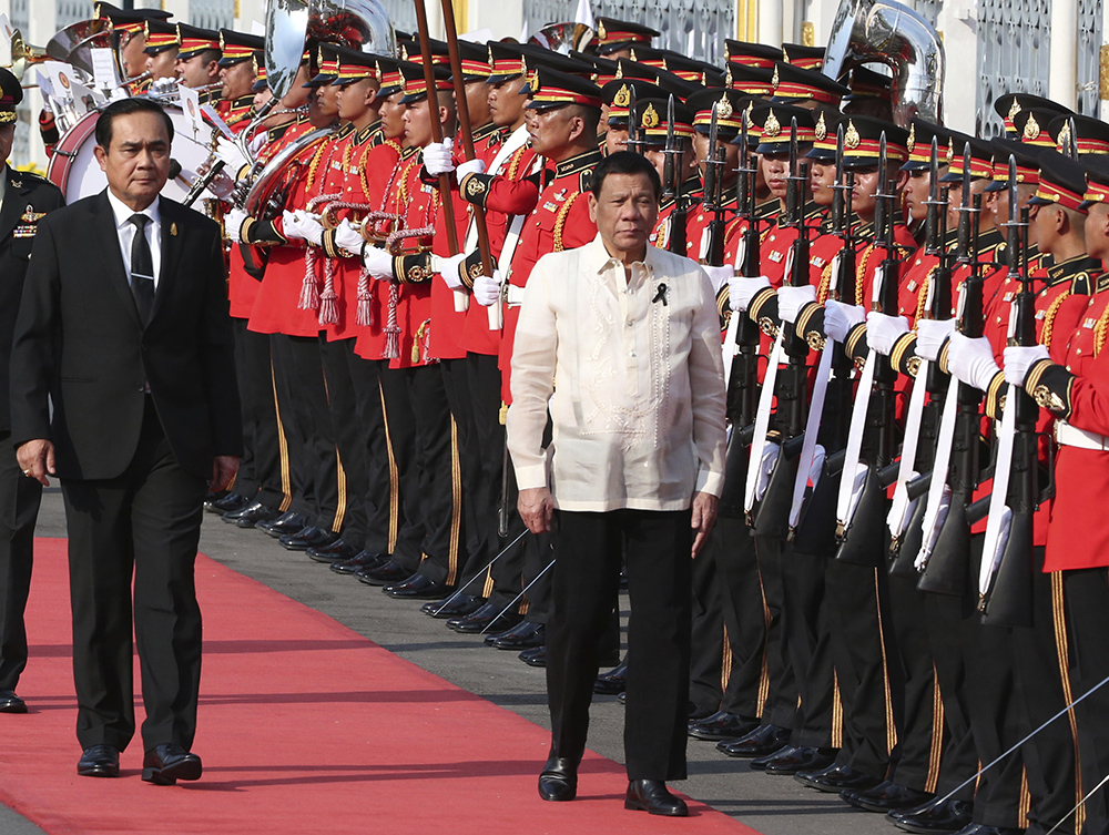Philippines, Thailand Eye Stronger Defense, Economic Ties