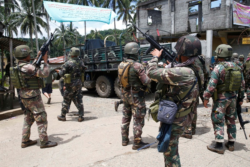 The US government has donated at least P2.8 billion worth of equipment to the Philippine military to help reclaim Marawi city from the Maute terror group. AP/Bullit Marquez, File Photo