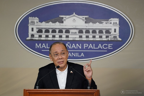 Ex-president Aquino to be charged with graft over Mamasapano massacre