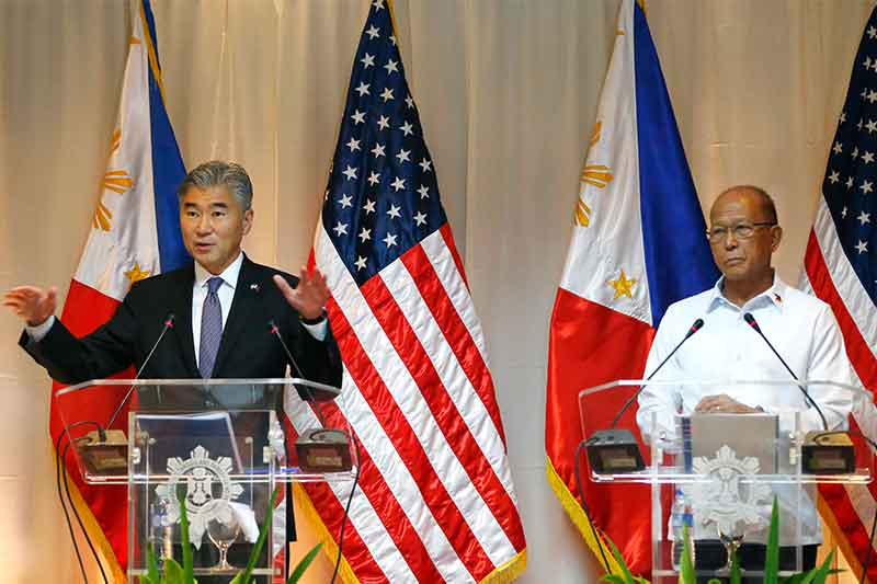 Philippines, US stage mock hijacking in counterterrorism drill
