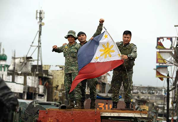 philippine martial law (cnn) the philippines government has voted to extend martial law in the  southern island of mindanao, following a year in which islamic.