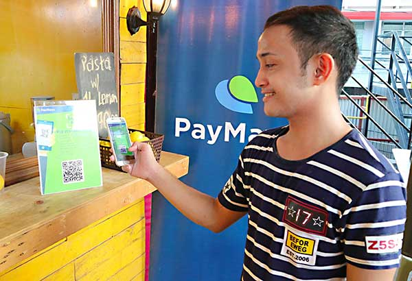 Smart subscribers have a new means to transact with their accounts as Smart Stores all over the country are equipped with PayMaya QR technology.
