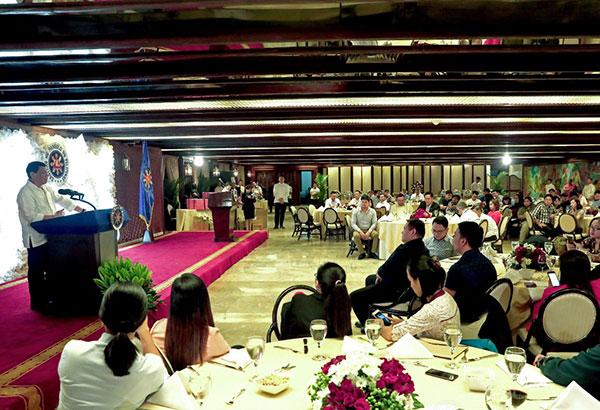 President Rodrigo Duterte addresses the members of the Malacañang Press Corps during the Christmas Party in Malacañan Palace on December 12, 2017. Robinson Niñal Jr./Presidential Photo