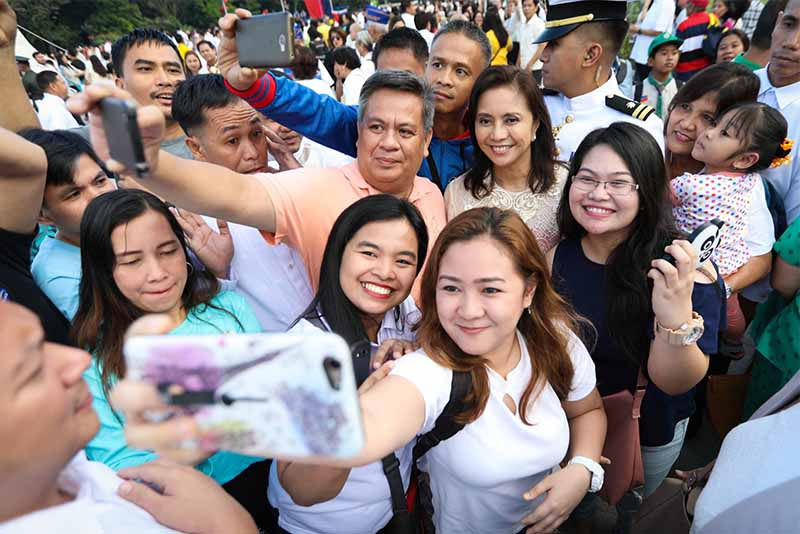 Vice President Leni Robredo joined the commemoration of the 121st Rizal Day, led by President Rodrigo Duterte, at the Rizal Park in Manila on Saturday, December 30, 2017. Office of the Vice President/Released