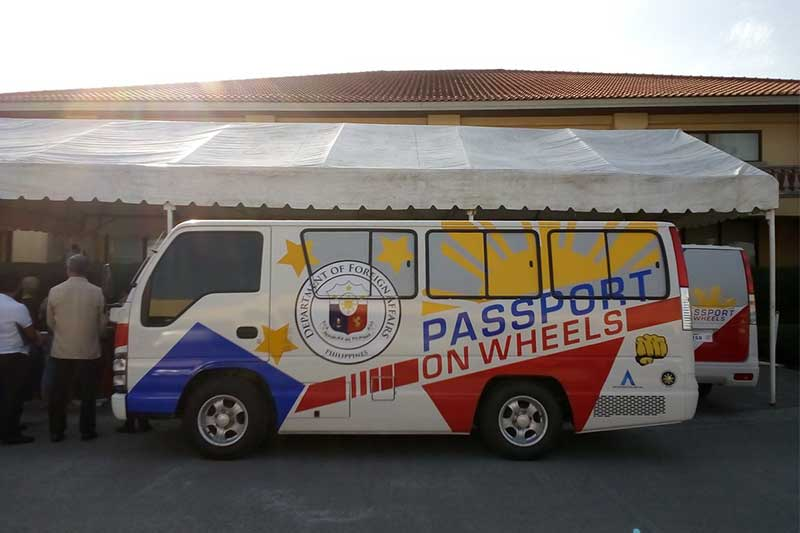 """The DFA's """"passport on wheels"""" service can process up to 2,000 applications daily.DFA/Released"""