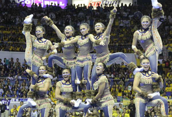 NU pep squad sporting a Native American-inspired costume. Photo by Emjae Villarey/philstar.com