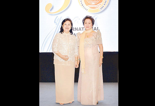 Then International Bazaar Foundation (IBF) overall chairperson Cecile Joaquin-Yasay and former IBF chairperson Lovely Romulo.