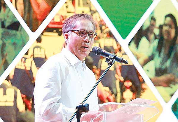 Mar Roxas talks about the legacy of his father, the late Sen. Gerry Roxas.