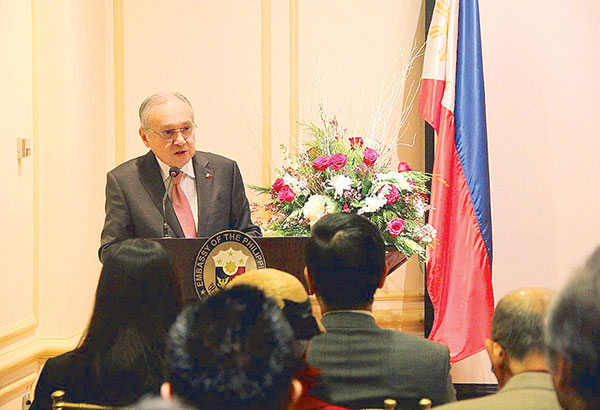 Speaking in my first town hall meeting with the Filipino community held at the Romulo Hall of the Philippine Embassy in Washington, D.C.