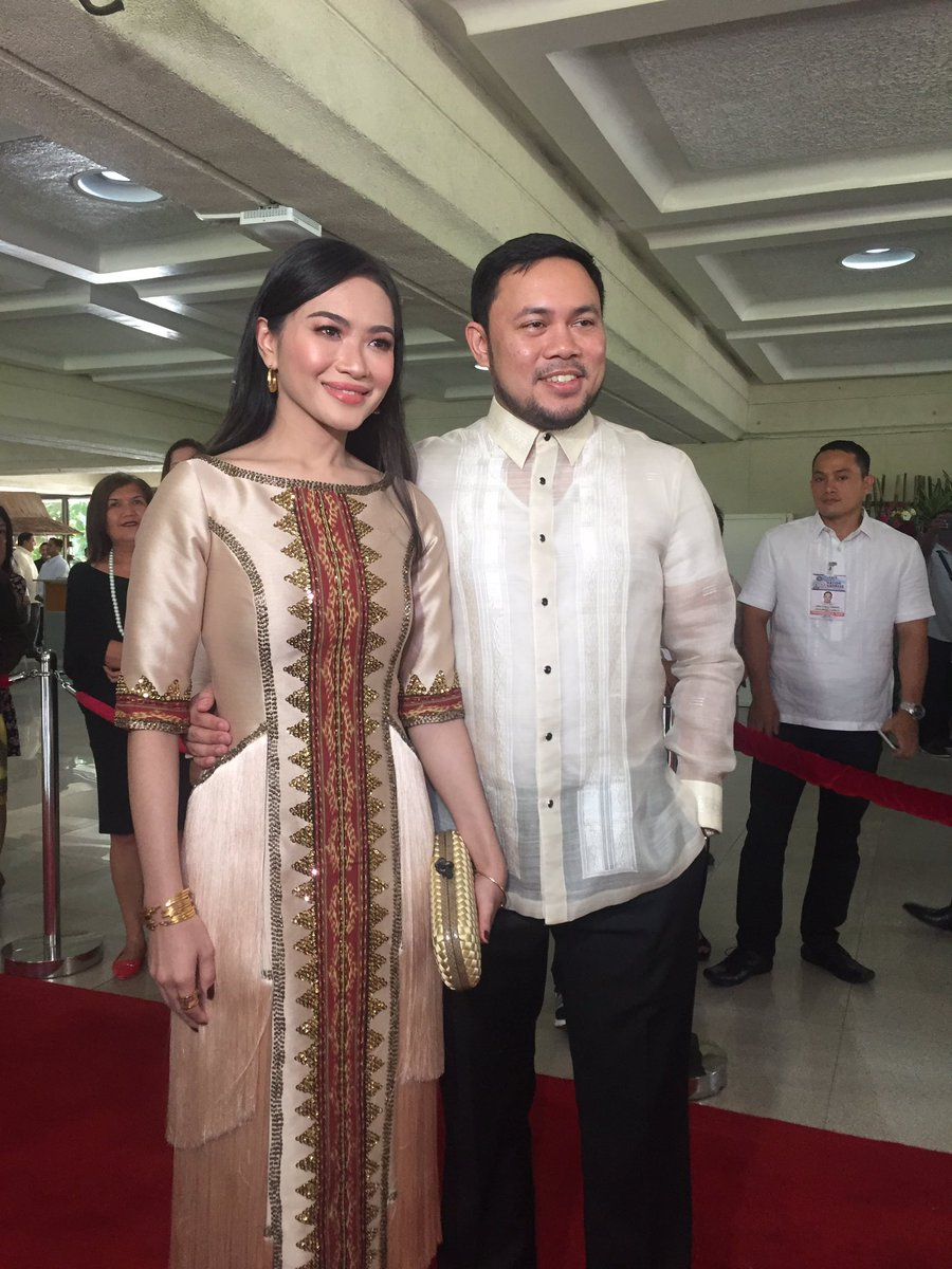 In Photos Sona 2017 Red Carpet