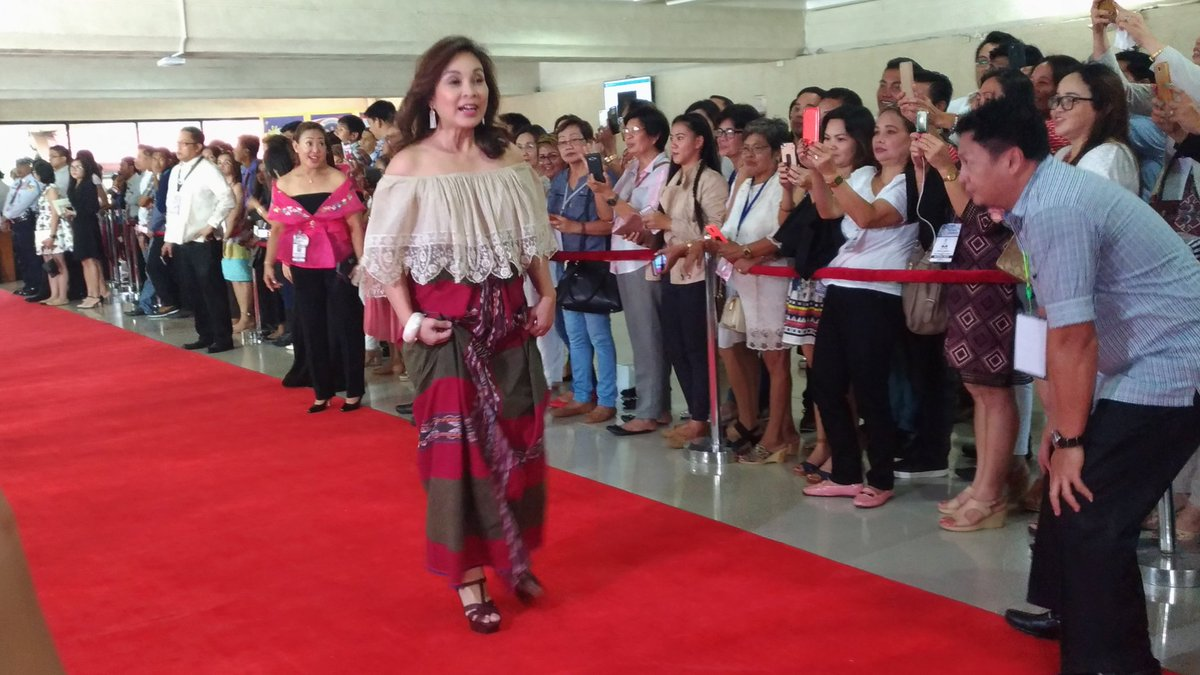 IN PHOTOS: SONA 2017 red carpet | Philstar.com