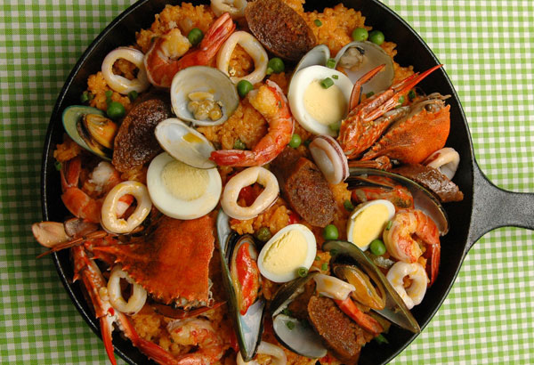 Top 10 Filipino Christmas Foods as well Page 3 additionally La Fiesta Pinoy Food Favorites Meet Local Culture In Manilas Largest Filipino Buffet as well Ph together with Filipinofoodsingoods blogspot. on favorite christmas foods in the philippines