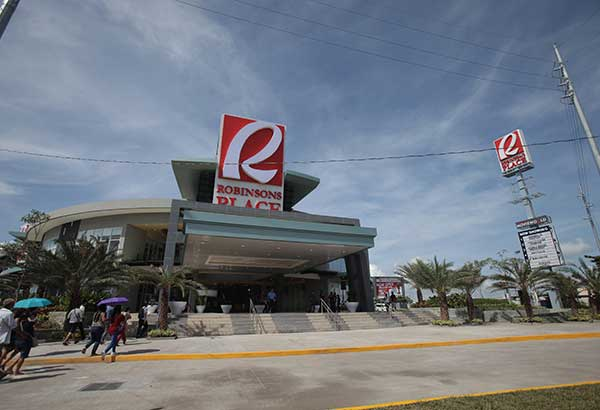 Robinsons Place Naga is along the stretch of Almeda Highway and Roxas Ave. in Brgy. Triangulo, Naga City, making it the first landmark local travelers from Manila see upon entering Naga City.
