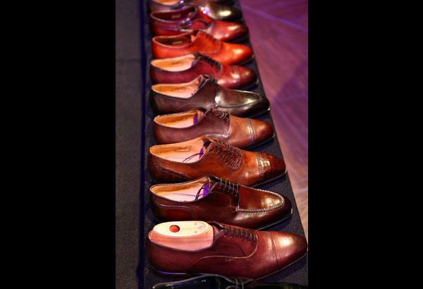 absurd shoe 3