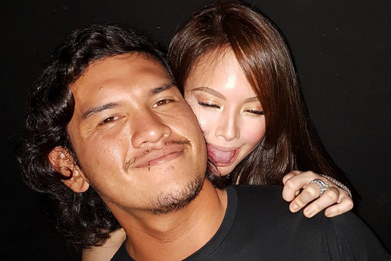 ellen adarna give birth