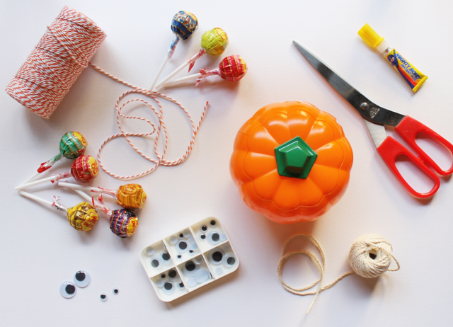 How To Make Your Own Halloween Candy Bouquet