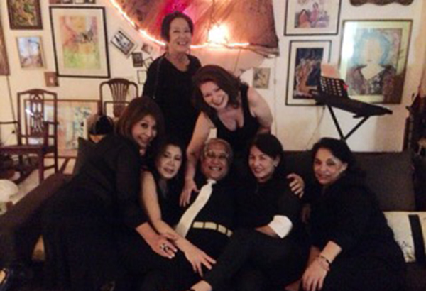 Harems just want to have fun: Seated are Chay Rodriguez , Maricris Heras, Loy Ventura, May Ayache, Tina Vecin; (standing) author Barbara Gonzalez and Marilou Pellicer.