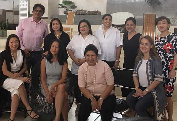 At the launching of Artkitektura at Greenbelt 5 are Ayala Malls executives Rowena Tomeldan, Maricris Bernardino, Pivi Diaz, Tin Enriquez-Yabao, Mina Domingo, Mañosa & Company's Bambi Mañosa, Artkitektura festival director Sarri Tapales, sound artist Teresa Barrozo, and CFIP's Nicolas de Langhe and Carmen Regala