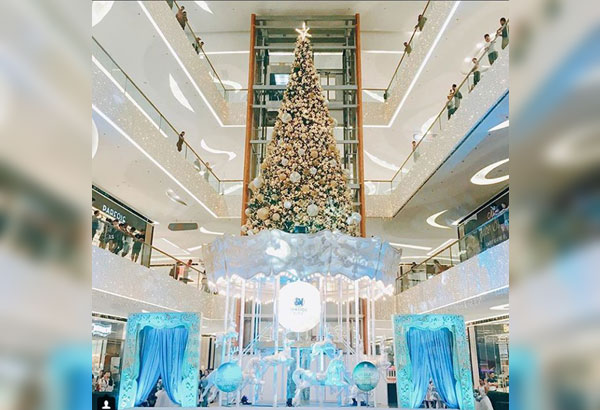 Christmas is brighter and bluer in the south: The Christmas tree in SM Seaside Cebu