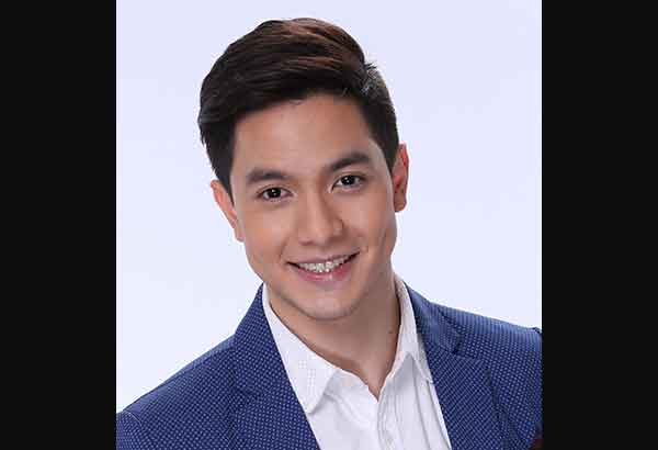 Alden richards on aldub yaya dub flying planes for The alden