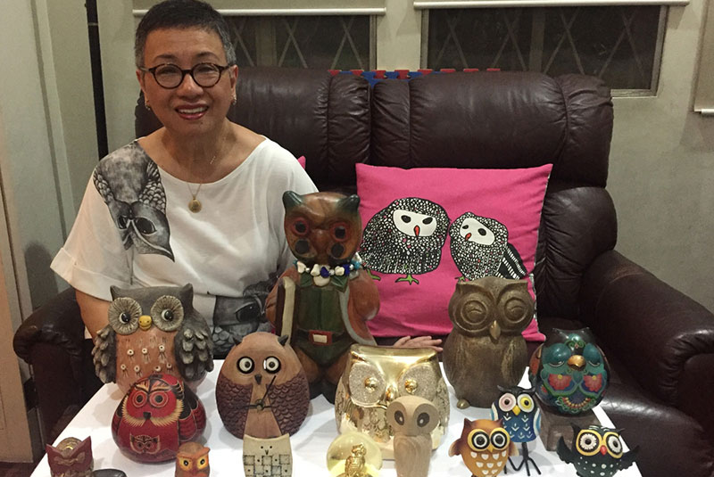Elaine Dichupa, a grandmother of two, never planned to collect owls, but she now lives among over a thousand of them in a bright and breezy home in Parañaque. Her obsession with collectible owls started 27 years ago with two owls — leftovers from Cardinal Ceramics' animal figurines she gifted her colleagues with when she was assigned to HSBC Hong Kong.