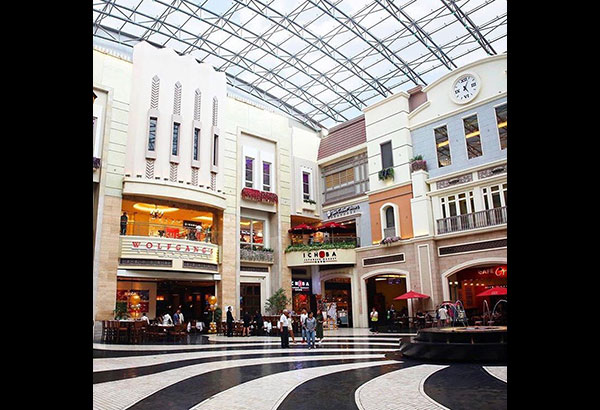 Newport News Outlets. Our Newport News outlet mall guide has all the outlet malls in and around Newport News, helping you locate the most convenient outlet shopping according to .